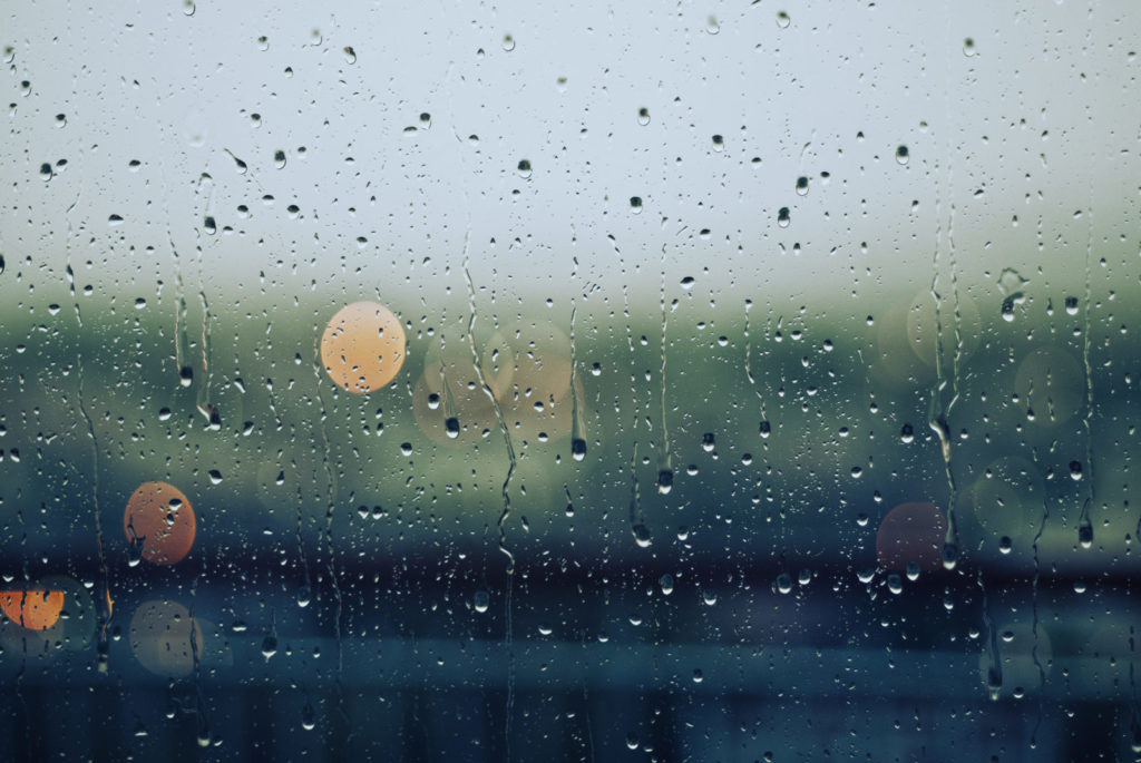 Hindi  love poetry on rain and missing someone - बारिश